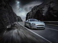 Daimler preia o participatie de pana la 5% din Aston Martin