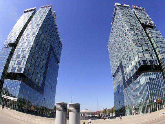 Tranzactiile imobiliare stagneaza in 2013. Investitorii, interesati de malluri si cladiri de birouri