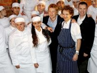 "Jamie Oliver: ""Daca n-am avea imigranti in Marea Britanie, as inchide maine toate restaurantele"""