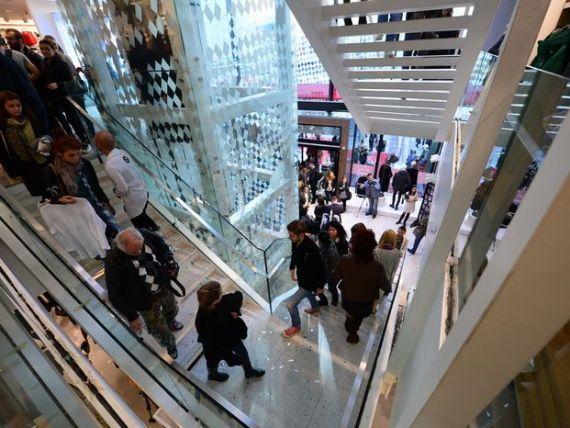 Retaileri: Masurile fiscale anuntate vor saraci populatia si vor afecta bugetul si investitiile