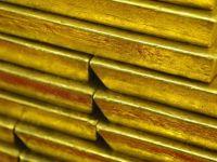 Pretul aurului in 2013: prima scadere din 2000 si cea mai abrupta din ultimii 32 de ani. Investitorii au retras 38,6 miliarde dolari de pe aceasta piata