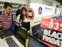 IT-ul, printre domeniile in care angajatorii nu prea mai gasesc candidati, seful celui mai mare retailer online local spune ca Black Friday nu-i aduce niciodata profit, iar Grecia renunta la austeritate