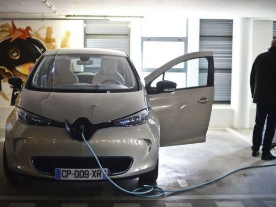 Renault va asambla masini electrice pentru miliardarul francez Vincent Bollore si lanseaza un serviciu de car-sharing in Europa