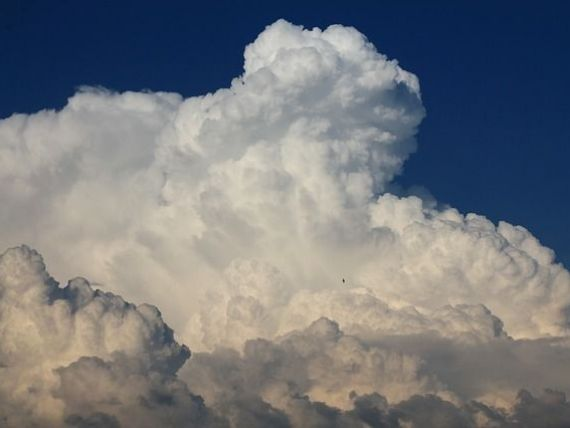 Cand tehnologia ajunge la nori. Revolutia Cloud Computing. O scurta istorie a solutiilor de stocare a informatiilor (VII)