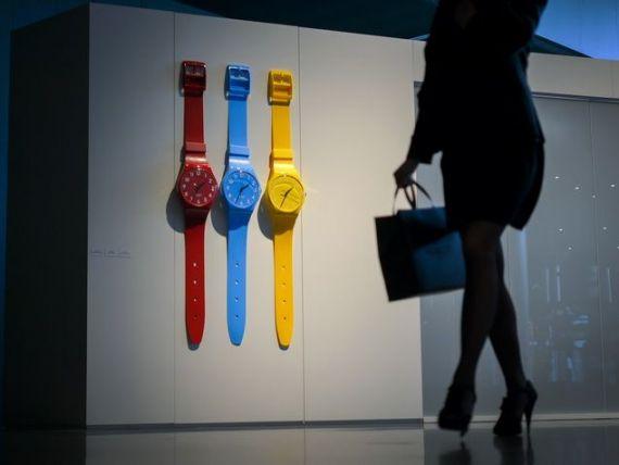 Tehnologia transforma industria ceasurilor de lux. Swatch lanseaza un smartwatch, pentru a concura cu Apple Watch