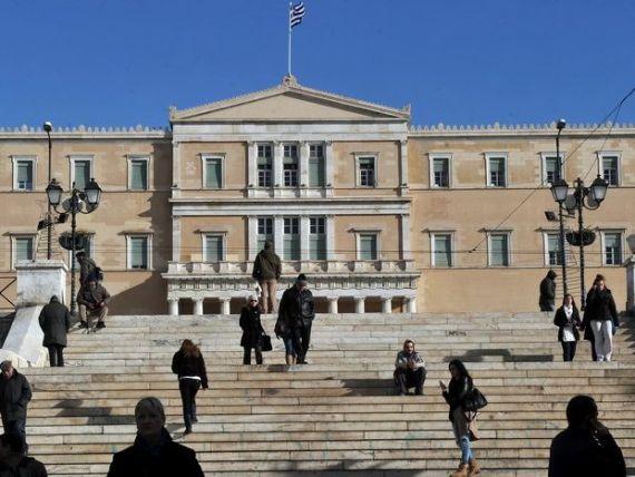 Grecia vinde sediile ministerelor si ale politiei, pentru a face rost de bani. Institutiile statului vor sta cu chirie