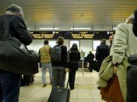 Reguli noi in aeroporturile din UE. Pasagerii pot avea in bagajul de mana medicamente si lichide