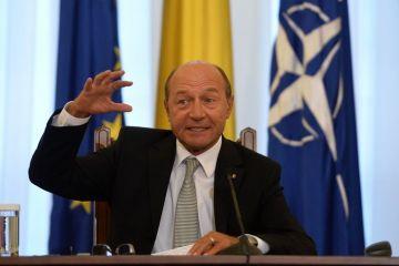 Basescu: Unele state europene au o atitudine agresiva fata de romanii care vor sa munceasca in strainatate si ne pun piedici pentru aderarea la Schengen