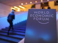 Davos: Participantii satui de afaceri pot participa la sesiuni pe tema stresului si meditatiei