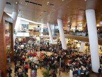 Vizitatorii revin in mall-uri, dar cheltuiesc mai putin. Cosul mediu de cumparaturi scade