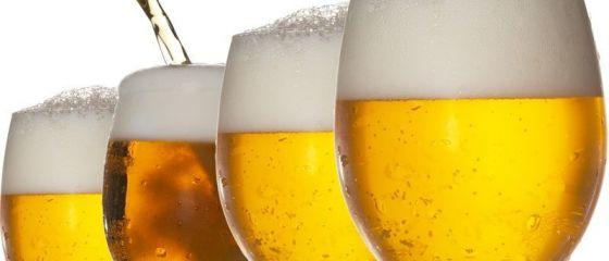 Belgienii produc bere din painea nevanduta in supermarketuri. Povestea unei afaceri puse pe picioare de doi prieteni care lupta impotriva risipei