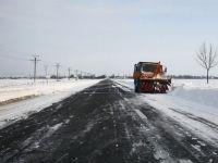 Culmea deszapezirii a fost atinsa in Romania. Autoritatile au incheiat contracte de milioane de euro pentru a curata zapada de pe autostrazi inexistente