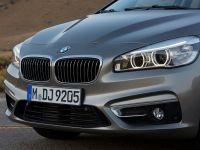 BMW-ul care vrea sa fure clientii Opel si Ford. Seria 2 AT se lanseaza la Geneva si va ajunge in Romania la vara. GALERIE FOTO