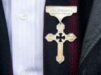 Administratia Bisericii Ortodoxe Romane, executata silit pentru o amenda de 28 euro. Scandal cu CNADNR
