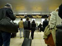 Industria aeriana iese din criza. Anul trecut, 10,5 milioane de pasageri au tranzitat aeroporturile din Romania, record istoric