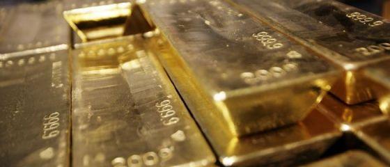Pretul aurului este in crestere cu 2%, ca urmare a tensiunilor din Ucraina