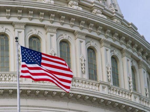 Statele Unite au redevenit, dupa 15 ani, motorul economiei mondiale. China si pietele emergente raman in urma