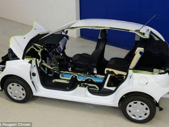 Peugeot, primul producator auto care scoate la vanzare masina cu aer, pana in 2016. VIDEO