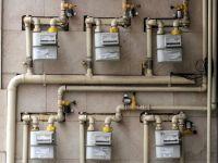 Plata pierderilor din retelele de energie termica si electrica de catre consumatori ar putea fi interzisa. Facturile cresc cu pana la 40% din cauza furturilor sau avariilor