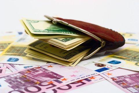 CFA: Direcţionarea către bugetul de stat a contribuţiilor viitoare la Pilonul II de pensii va avea un efect catastrofal pentru piaţa de capital. Peste 60% din sume finanțează deficitul bugetar