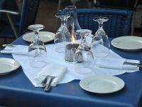 Patronatele din turism propun clientilor sa plece fara sa plateasca, daca nu primesc bon fiscal in restaurante si baruri