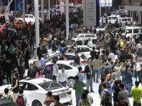 Chinezii vor salva si anul acesta industria auto. Piata asiatica ramane motorul de crestere al vanzarilor de masini