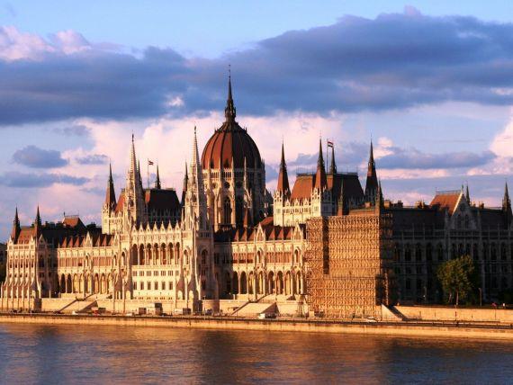 Ungaria a rambursat toti banii imprumutati in timpul crizei din 2008 si asteapta imbunatatirea ratingurilor de catre agentiile de evaluare