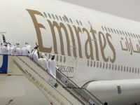 La ce salariu poate ajunge o insotitoare de bord la o companie aeriana straina