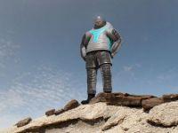 NASA a prezentat prototipul costumului spatial pentru viitoarele misiuni pe Marte