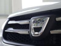 Noua versiune Pick-Up a Dusterului, lansata la Mioveni. Desi proiectata de Renault Tehnologie, nu este fabricata in uzina. Explicatia sistemului de productie