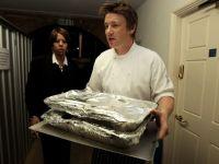 Jamie Oliver, unul dintre cei mai cunoscuti bucatari din lume, criticat din cauza unor probleme de igiena din restaurantul sau