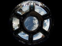 Cel mai scump obiect construit vreodata pe Pamant se afla in spatiu. Masinaria care orbiteaza la 400 km de Terra. VIDEO