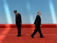 Intelegere istorica: Rusia semneaza un acord de livrare de gaze catre China, dupa un deceniu de negocieri. UE ii cere lui Putin sa nu intrerupa aprovizionarea Europei
