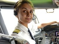 Uzina Dacia, la 15 ani de la preluarea Renault, Romania nu va putea adera la euro mai devreme de 2021 si povestea femeii pilot de la Blue Air: are 32 ani si castiga mii de euro/luna
