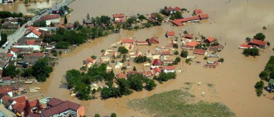 Incalzirea globala a asigurarilor. De ce victimele inundatiilor risca in curand sa nu mai primeasca niciun ban