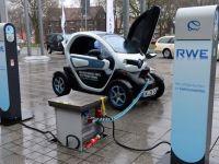 Masina electrica Renault Twizy, disponibila in Romania de la 7.000 euro cu TVA, la care se adauga chiria lunara a bateriei
