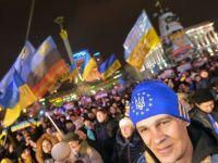 "Barroso: UE isi va asuma un ""angajament solemn"" fata de Moldova, Ucraina si Georgia, prin semnarea acordurilor comerciale. The Moscow Times: Cum poate UE sa-l faca pe Putin sa joace dupa regulile europene"