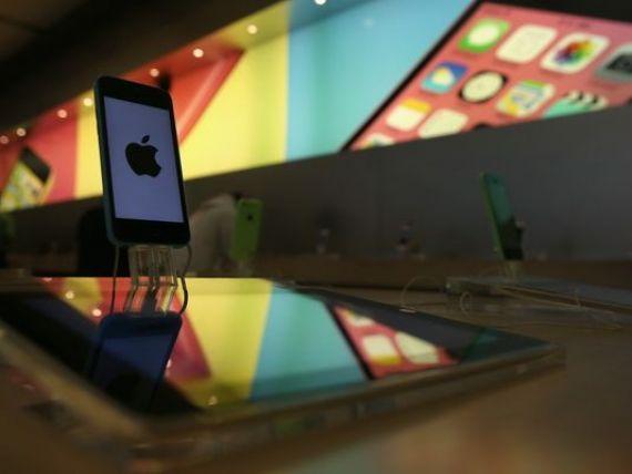Apple raportează un profit trimestrial record și redevine cel mai mare producător de telefoane, devansând Samsung. Gigantul american a vândut mai puține iPhone-uri, dar mai scumpe