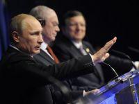 UE decide inghetarea activelor si interdictia de a calatori in statele comunitare pentru unii dintre cei mai importanti oameni de afaceri din Rusia, apropiati ai lui Putin