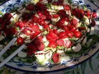 Salata cu legume culese de pe bloc. Cum iti faci gradina suspendata in mijlocul Bucurestiului