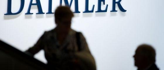 Daimler plateste un bonus de 5.400 euro angajatilor, desi a anuntat profit in scadere anul trecut