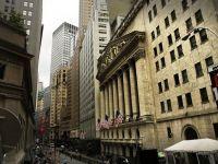 Wall Street a deschis in scadere, pretul petrolui a coborat cu 3,1%. Actiunile Apple, in crestere
