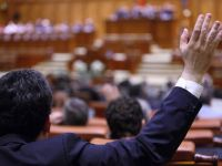 Senatul adopta din nou reducerea CAS si respinge cererea de reexaminare a presedintelui