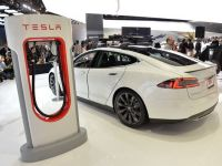 Revolutia masinilor electrice incepe in Asia. Tesla si China Unicom vor construi peste 400 de statii de alimentare in 120 de orase