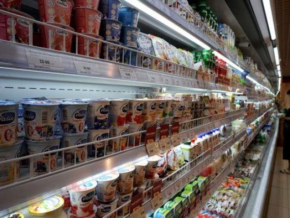 Romanii au cumparat mai multe alimente, bauturi si tutun in aceasta vara, fata de anul trecut. Afacerile din comertul cu amanuntul, in crestere cu 6,3%