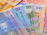 BNR, responsabila ca nu a cerut in 6 ani de la izbucnirea crizei conversia creditelor din franci in lei; pretul corect al benzinei: cu cat ar mai putea reduce benzinarii tariful la pompa