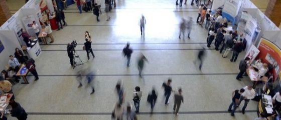 Peste 17.000 de locuri de munca vacante, pentru cei care vor sa se angajeze. Cea mai mare cerere de specialisti, in Bucuresti, Cluj si Prahova