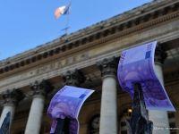 Pe marginea prapastiei. UE se pregateste sa respinga bugetul Frantei pe 2015, credibilitatea Parisului in fata partenerilor europeni scartaie puternic
