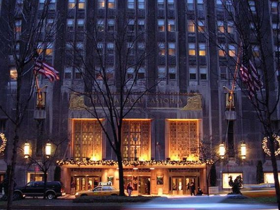Hotelul in care chinezii platesc 1,4 milioane de dolari pentru o camera. Hilton vinde Waldorf Astoria New York, pentru 2 mld. dolari