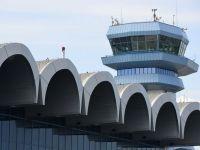 Traficul pe aeroporturile bucurestene a crescut cu 7,5% in primele 8 luni, la 5,5 mil. pasageri. 96.000 de avioane au aterizat si au decolat de pe Otopeni si Baneasa, in 2013
